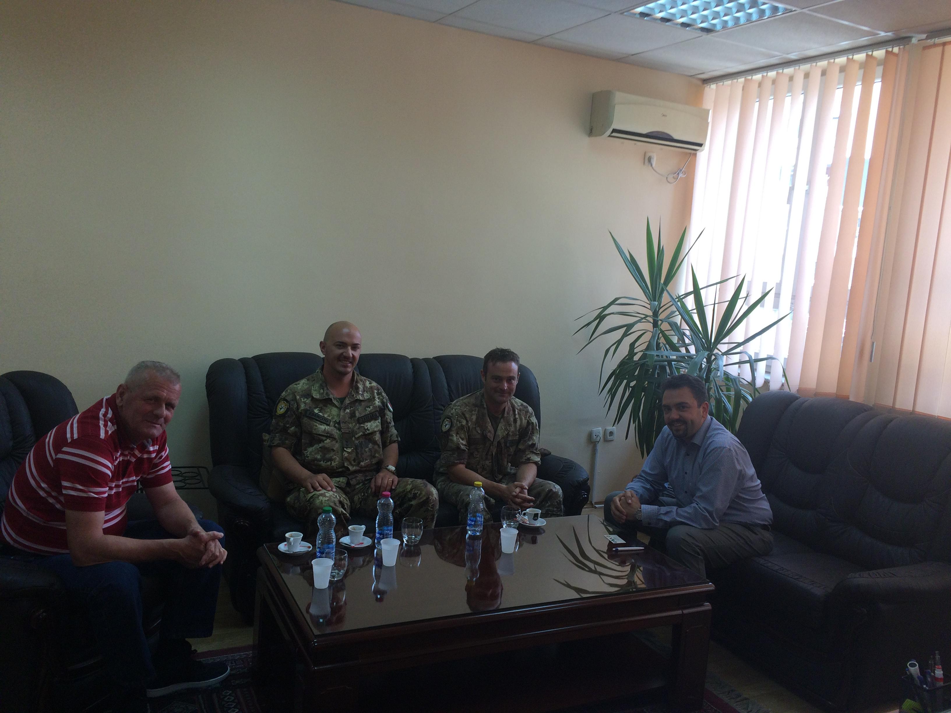 Kryetari Radoniqi pret në takim komandantin e ri  të Kfor-it Angelo Zaccaria
