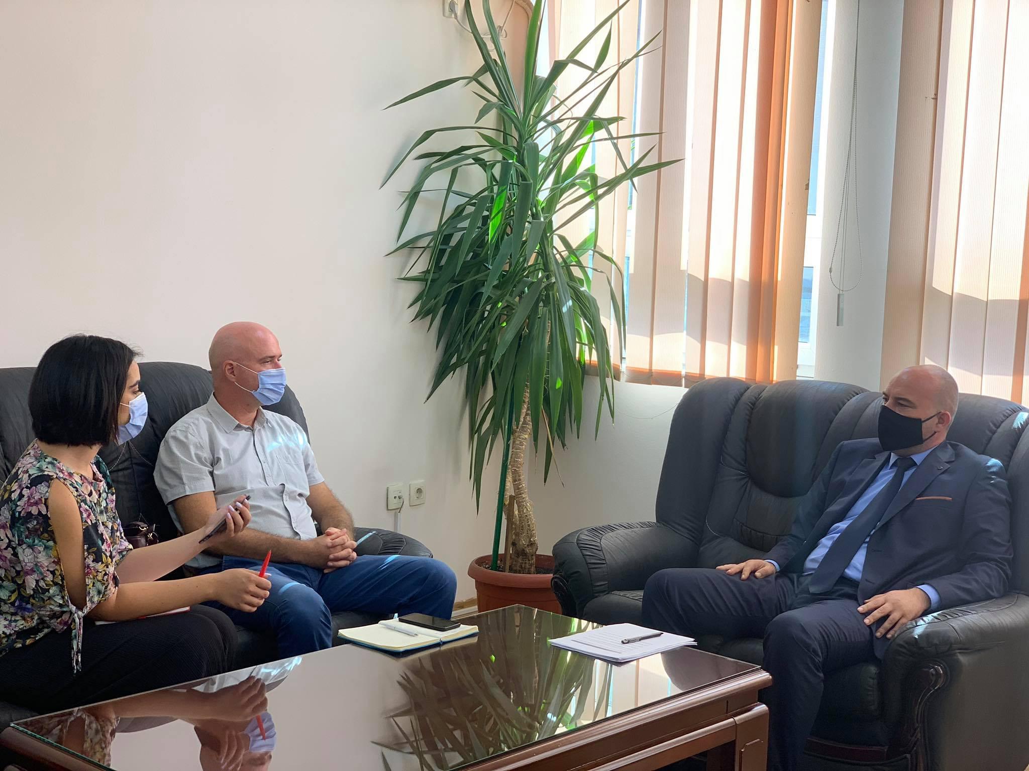 Kryetari Berisha priti në takim përfaqësuesit e Demokracia Plus