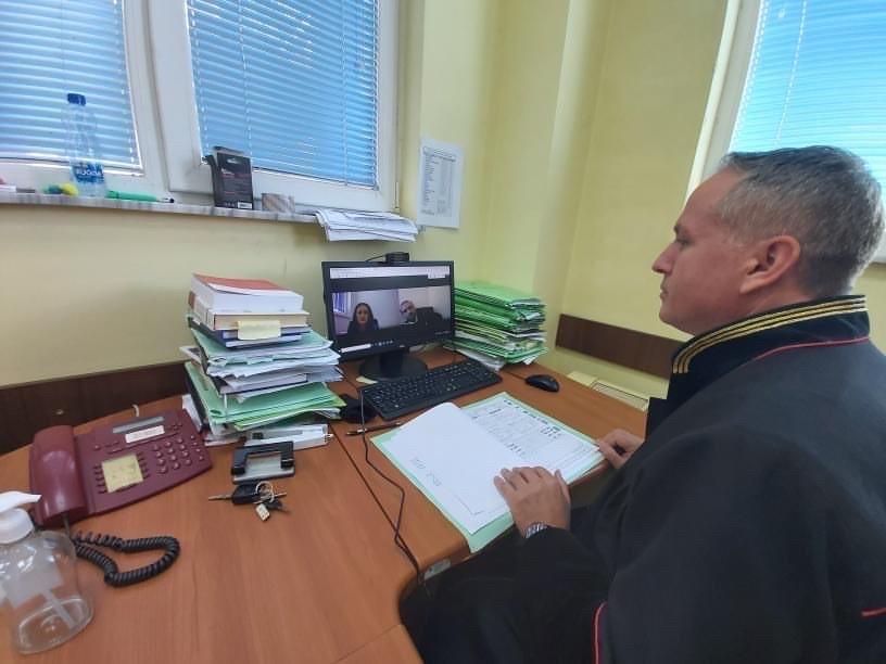 Në Gjykatën Themelore në Pejë – Dega në Klinë u mbajt seanca e parë gjyqësore online